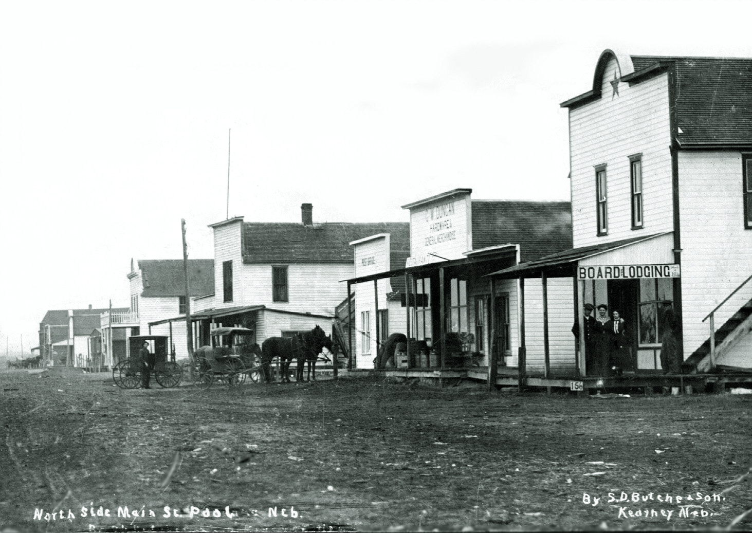 Downtown Poole, Nebraska, circa 1900. 📸 http://homepages.rootsweb.com/~stovpipe/Poole/PoolePhoto.html